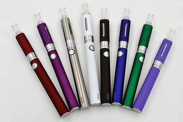 Thuốc lá điện tử vape dạng bút tại Vaporshop