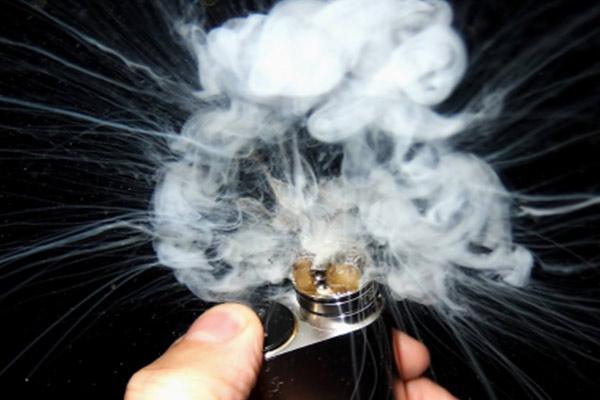 thử dòng vape siêu khói